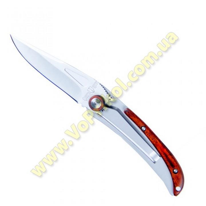 Нож 17.5 см.