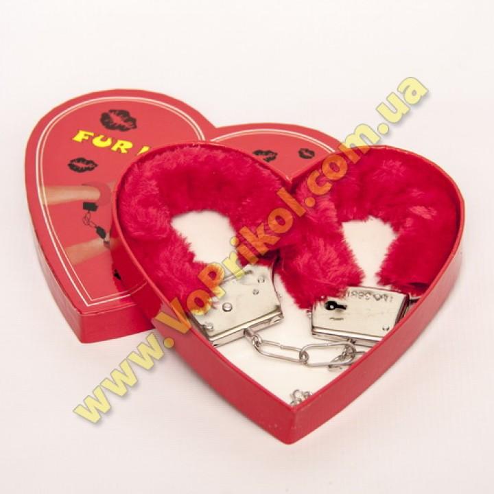 Наручники сексуальные  в подарочной коробке  аксессуар для романтического вечера.