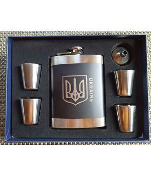 Подарочный набор с флягой Герб 4 рюмки